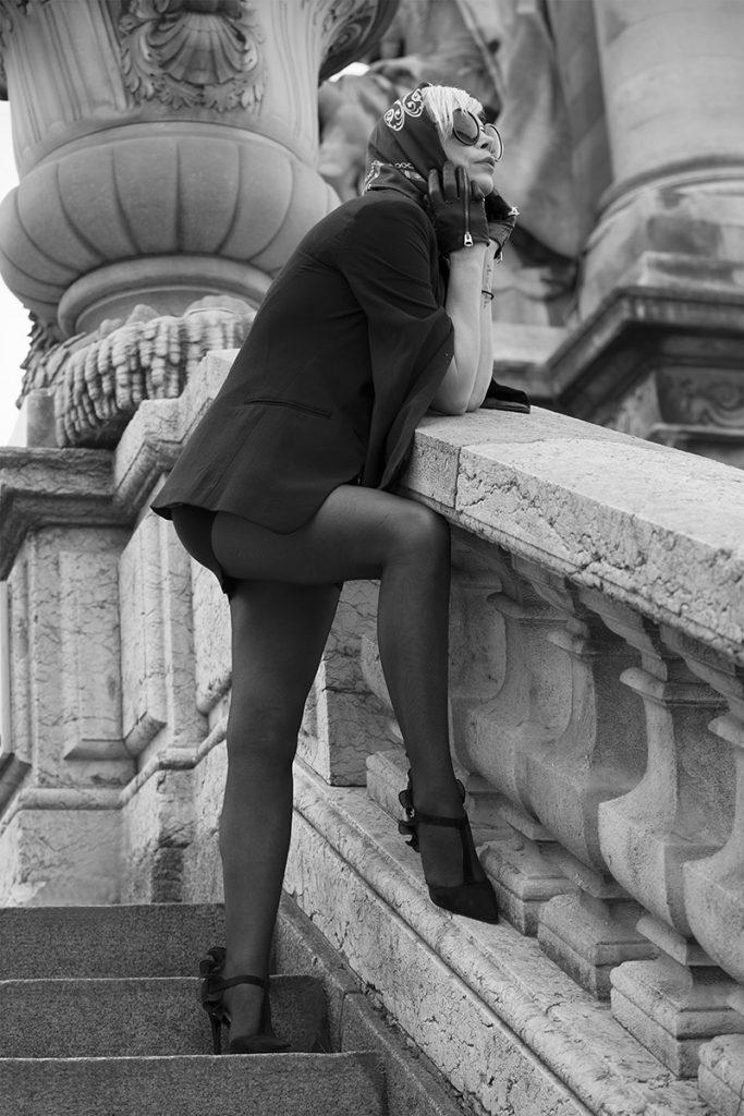 Une déesse au printemps à Paris